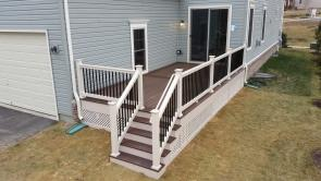 Fiberon Chestnut Deck with Burnt Umber Border
