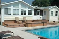 Many Features Compliment this Deck in Middletown Maryland